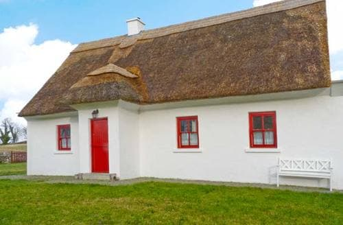 Last Minute Cottages - Beautiful  Cottage S5956