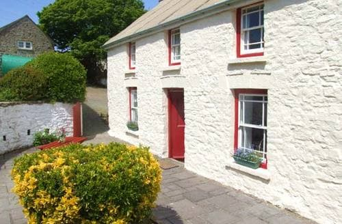 Last Minute Cottages - Stunning Haverfordwest Farmhouse S5988