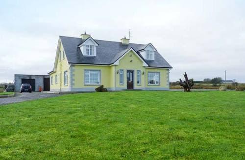 Last Minute Cottages - Exquisite  House S5997