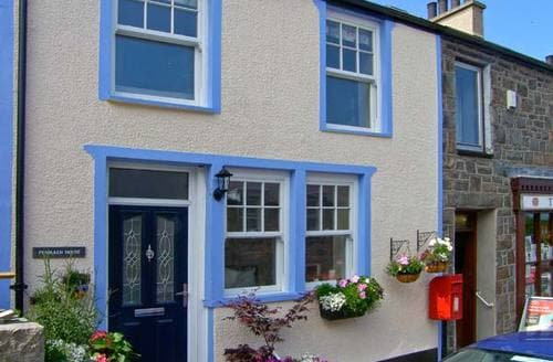 Last Minute Cottages - Excellent Caernarfon Cottage S6056
