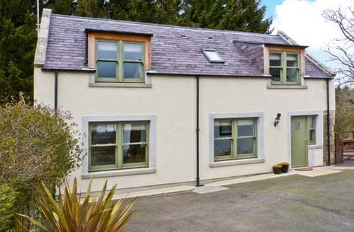 Last Minute Cottages - Splendid Duns Cottage S6111