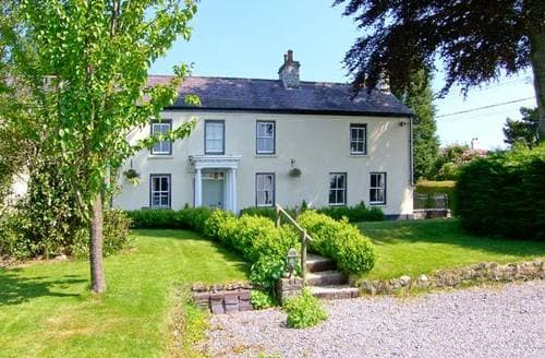 Last Minute Cottages - Quaint Llanwrda Cottage S6112