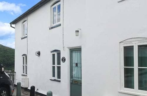 Last Minute Cottages - Ty Heulwen