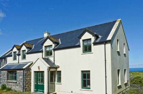 Last Minute Cottages - Surf and Burren View