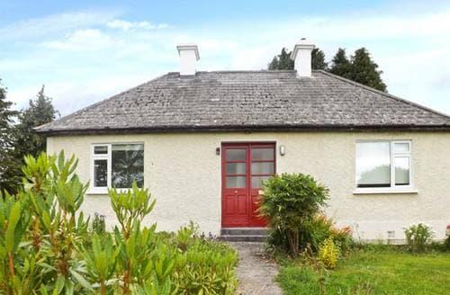 Last Minute Cottages - Adorable  Cottage S6267