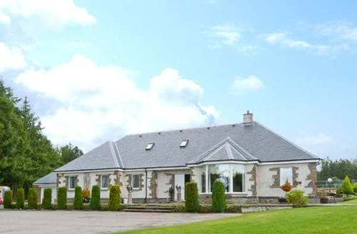 Big Cottages - Quaint Dingwall House S6316