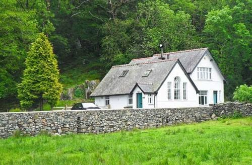 Last Minute Cottages - Is Y Deri