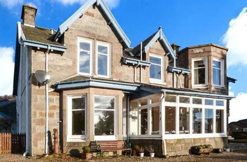 Last Minute Cottages - Superb Newtonmore House S6426