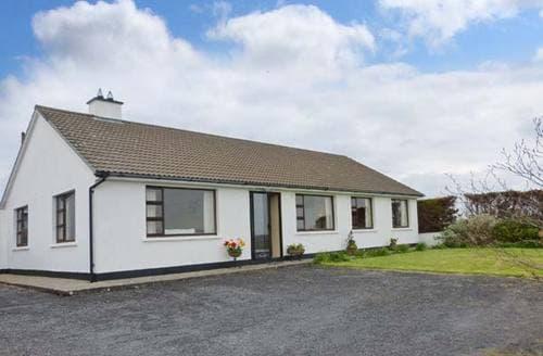 Last Minute Cottages - Delightful  Bungalow S6543