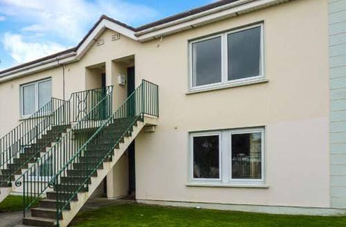Last Minute Cottages - Captivating Arklow Apartment S6624