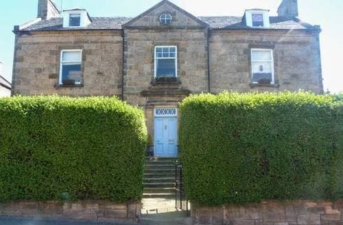 Last Minute Cottages - Gorgeous Forres Apartment S6631