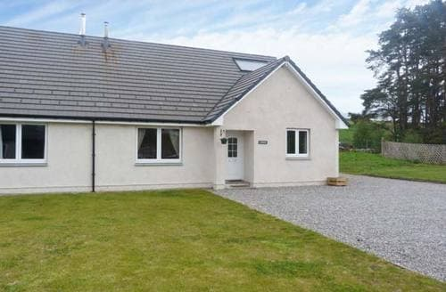 Last Minute Cottages - Cosy Newtonmore Cottage S6736