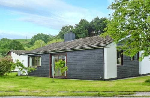 Last Minute Cottages - Gorgeous Saltash Lodge S6751