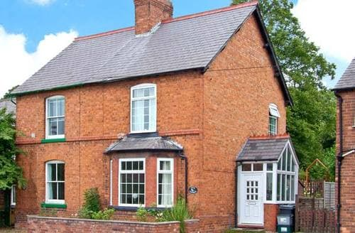 Last Minute Cottages - Charming Christleton Cottage S6855