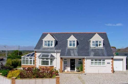 Big Cottages - Superb Trearddur Cottage S6871