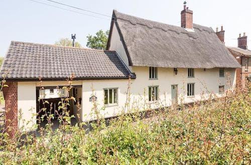 Last Minute Cottages - Home Farm