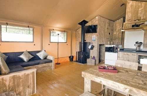 Last Minute Cottages - Safari Tent 3