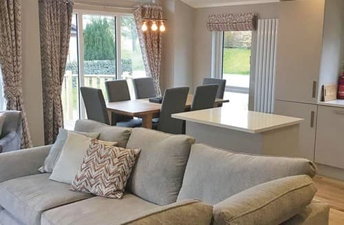 Last Minute Cottages - Ashbeck Lodge