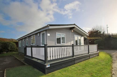 Last Minute Cottages - Superior Lodge Plus 3