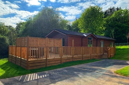 Last Minute Cottages - Country Holiday Home Four VIP Platinum Plus (Pet)