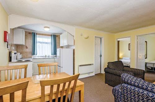 Last Minute Cottages - Waveney Apartment