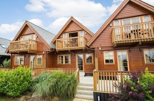 Last Minute Cottages - Lowena Lodge (Pet)