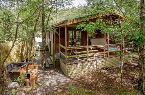 Last Minute Cottages - Fox Lodge 6