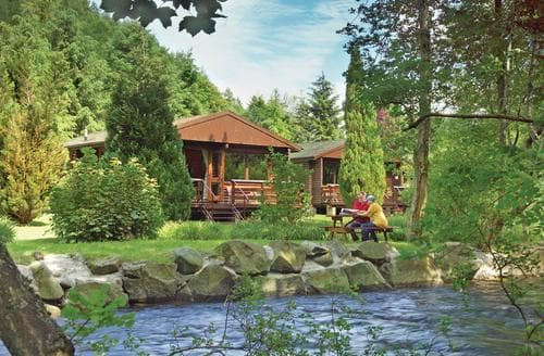 Last Minute Cottages - Earn Lodge