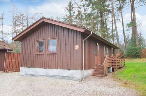 Last Minute Cottages - Rowan Comfort Lodge 4