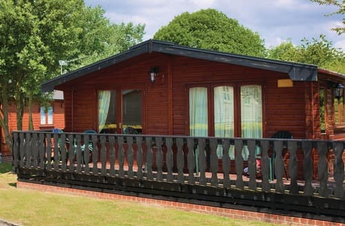 Last Minute Cottages - Select Lodge 1