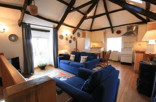 Last Minute Cottages - Luxury Blisland Cottage S43901