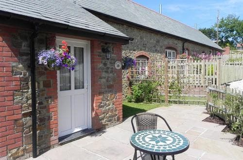 Last Minute Cottages - Goonbell Cottage