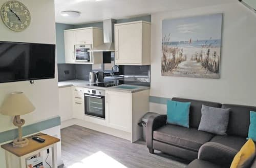 Last Minute Cottages - TM 3 Bed Gold Compact House