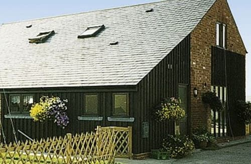 Last Minute Cottages - Owl Barn