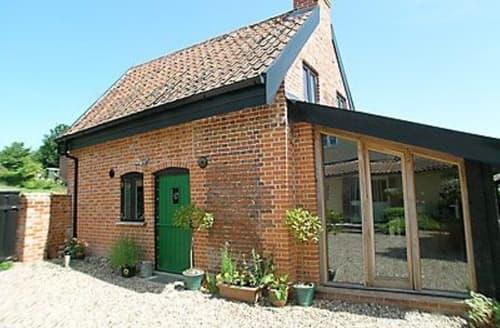 Last Minute Cottages - The Old Bike Shop