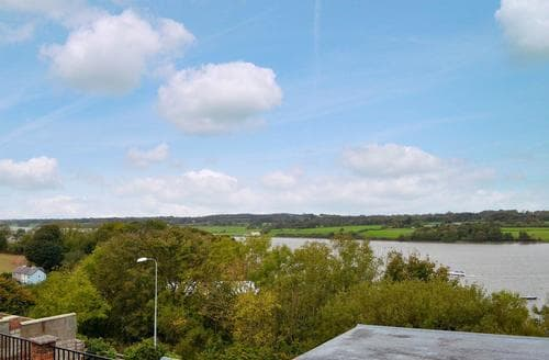 Last Minute Cottages - Llys Aled