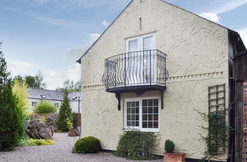 Last Minute Cottages - Ashcroft Barn