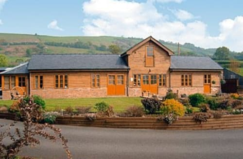Last Minute Cottages - Cefn Colwyn Barn - 28198
