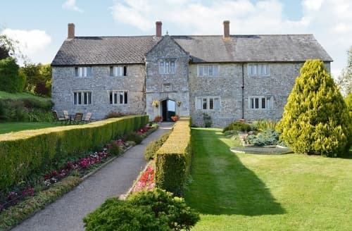 Last Minute Cottages - Ellishayes Farmhouse