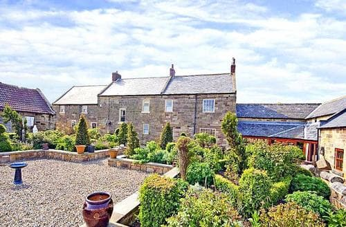 Big Cottages - Inviting Saltburn By The Sea Cottage S59613
