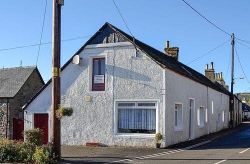 Last Minute Cottages - MacDonald Cottage