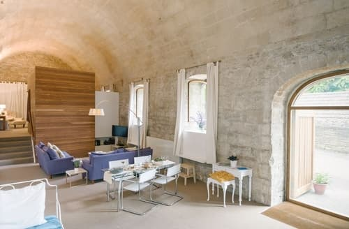 Last Minute Cottages - The Brewery Vaults