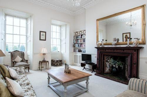 Last Minute Cottages - Royal Crescent Apartment