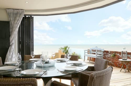Last Minute Cottages - The Beach House at Sandgate