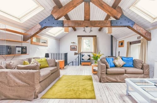 Last Minute Cottages - Town End Barn