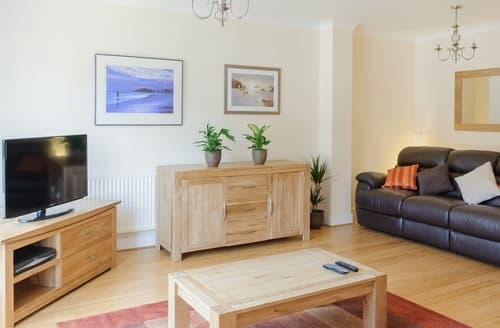 Last Minute Cottages - Camstay Townhouse