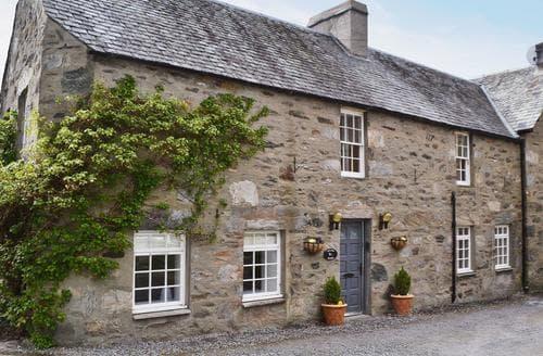 Last Minute Cottages - Foxlands Cottage