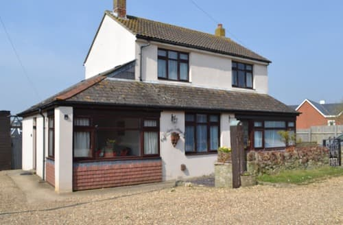 Last Minute Cottages - Black Pan Holiday Cottage