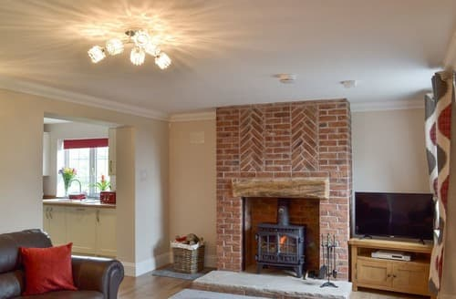 Last Minute Cottages - Whympney Cottage