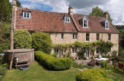 Last Minute Cottages - The Mead